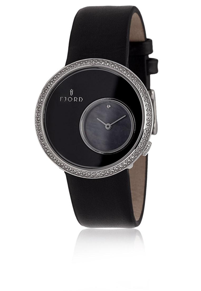 ساعة Helga السوداء تعيد أمجاد الساعة الكلاسيكية اطلبيها الآن! 1-zoom.jpg
