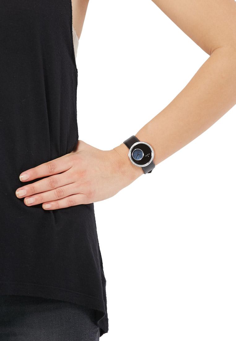 ساعة Helga السوداء تعيد أمجاد الساعة الكلاسيكية اطلبيها الآن! 4-zoom.jpg